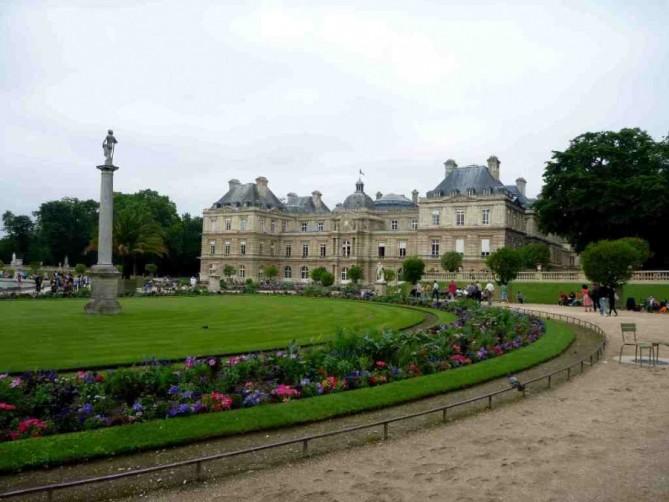 Luxembourg garden paris le de france france garagu for Caa luxembourg
